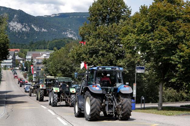 Damals haben um die 55 Traktoren teilgenommen