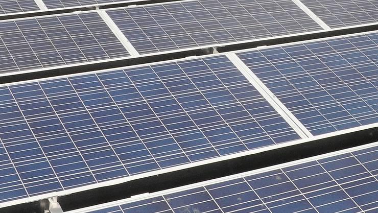 Auf dem Dach des neuen Betriebsgebäudes der RTB hätte es Platz für 990 Stück CIS-Solarmodule. HO