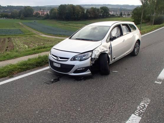 In diesem Auto schlief der 22-jährige Lenker ein.