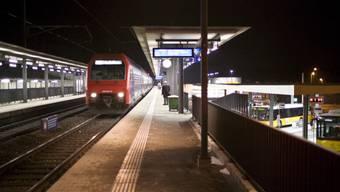Von Mittwoch bis Samstag ist das ZVV-Nachtnetz vier Tage am Stück in Betrieb. (Symbolbild)