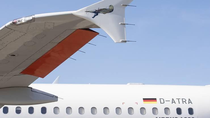 Das DLR-Forschungsflugzeug landet immer wieder auf dem Flughafen Zürich, um das Assistenzsystem für die Piloten zur Lärmminderung zu testen.