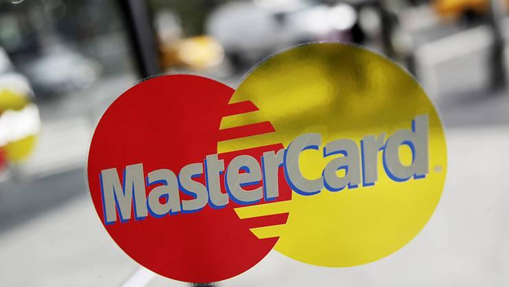Bei Mastercard klingeln die Kassen: Das Unternehmen hat 2018 ein Rekordergebnis erzielt. (Archiv)