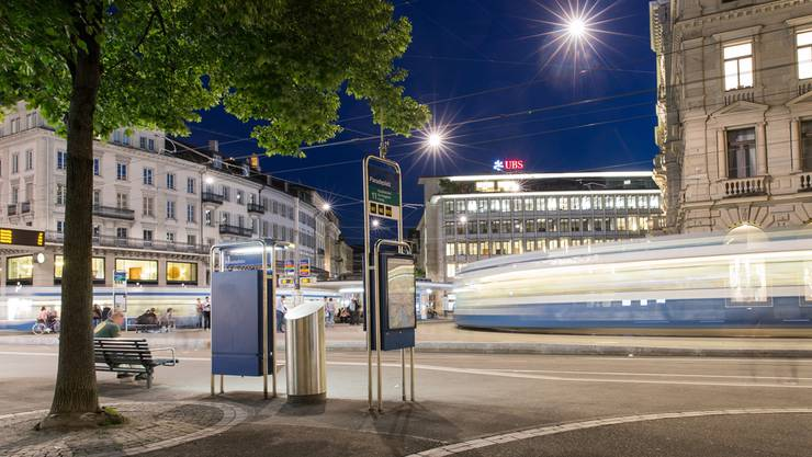 Der Paradeplatz in Zürich mit dem Hauptsitz der Credit Suisse und dem Sitz des Wealth Management der UBS. SEVERIN BIGLER
