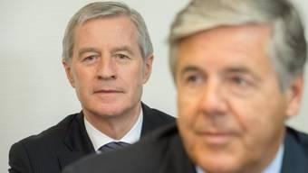 Auf der Anklagebank: Fitschen (l.) und Ackermann