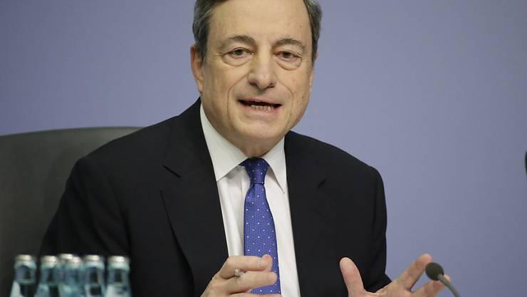 Die EZB bleibt bei ihrer Niedrigzinspolitik: EZB-Chef Mario Draghi (Archivbild).