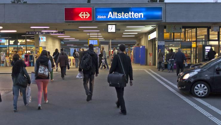 Im Gegensatz zum Zürcher Gemeinderat will der Kantonsrat nicht auf die Verlegung der Tramlinie 2 zum Bahnhof Altstetten verzichten.