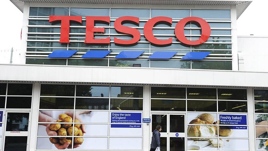 Abgelaufene Lebensmittel verkauft: Millionenstrafe für Tesco