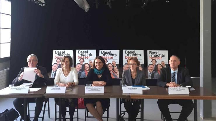 Das Fünferticket bei der Pressekonferenz