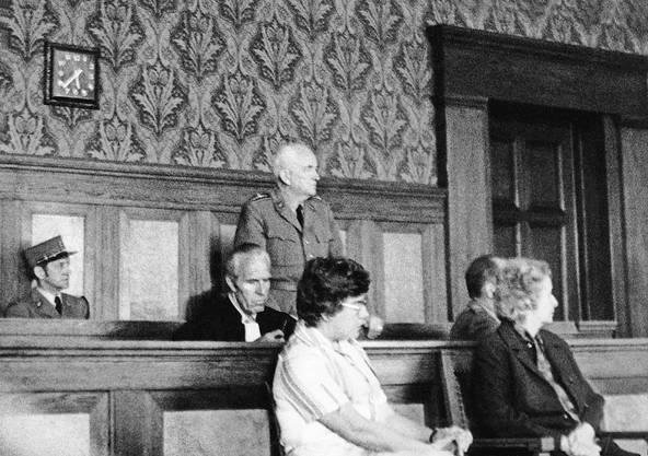 Brigadier Jean-Louis Jeanmaire vor dem Bundesgericht (1977).