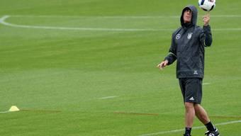 Allein im Regen: Jogi Löw, Bundestrainer seit 2913