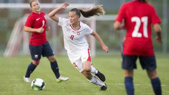 Malin Gut beim U19-Laenderspiel gegen Norwegen.