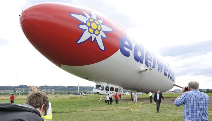 Der riesige Zeppelin von Edelweiss.