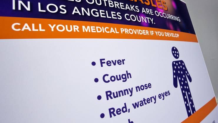 Wegen einer möglichen Ansteckung mit Masern stehen Hunderte Studenten in Los Angeles unter Quarantäne.