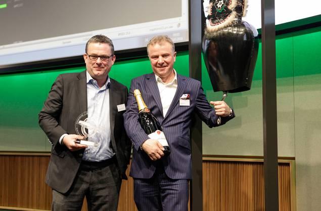 Im März brachten Thomas Straumann und sein Geschäftspartner Willi Miesch (rechts) die Medtechfirma Medartis an die Börse. Bislang ist das Unterfangen ein Erfolg. Die Aktien der Firma sind seit dem Börsengang über 40 Prozent gestiegen.