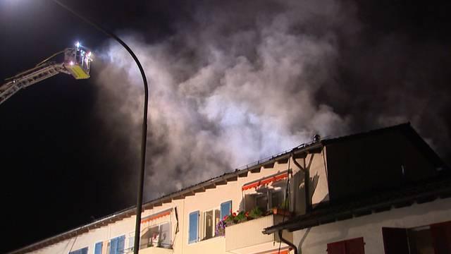 Brand in Zürich-Schwamendingen - mehrere Personen evakuiert
