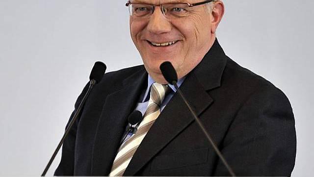 Ein zufriedener Coop-Chef an der Medienkonferenz