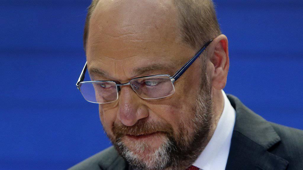 Das Wahldebakel liegt Schulz schwer auf dem Magen. In einem Brief an alle SPD-Mitglieder kündigte er an, gegen den Niedergang der europäischen Sozialdemokratie zu kämpfen.