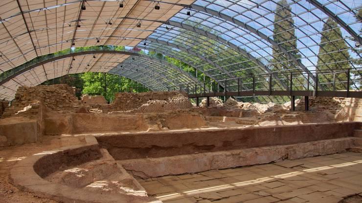 Gut behütet unter Glas: Die Ruinen der römischen Heilthermen von Badenweiler.