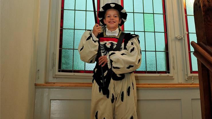 Nicolas Fischlin im «Fähndrich-Costüm» in den schwarz-weissen Stadtfarben.Ueli Wild