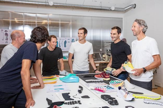 Roger Federer im On Lab mit David Allemann, Caspar Coppetti, Marc Maurer, Martin Hoffmann und Olivier Bernhard