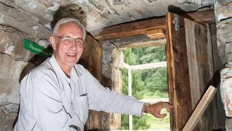 Gemauerte Wehrhaftigkeit: Felix Werner Nöthiger auf Burg Ehrenfels in Sils. Olivia Item
