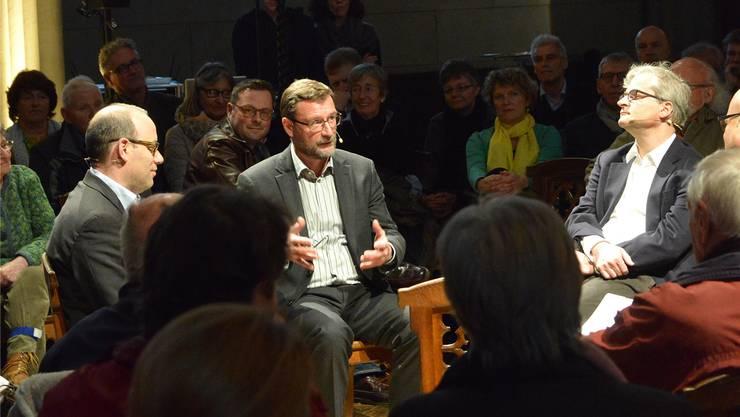 Christian Degen, David Sieber und Markus Somm (v.l.) im Gespräch.