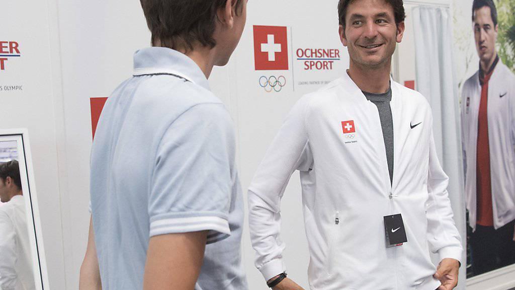 Dürfen sich in Abwesenheit über den Klassenerhalt in der Europa Division I freuen: die Springreiter Martin Fuchs (links) und Olympiasieger Steve Guerdat