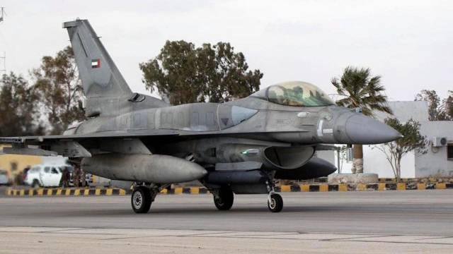 Eine F-16 auf der jordanischen Luftbasis