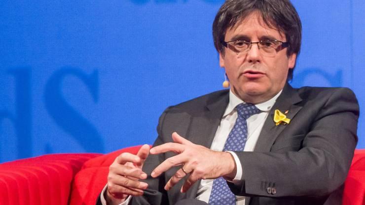 Das Oberste Gericht von Spanien hat den europäischen Haftbefehl gegen den Ex-Regierungschef Kataloniens, Carles Puigdemont, zurückgezogen. (Archiv)