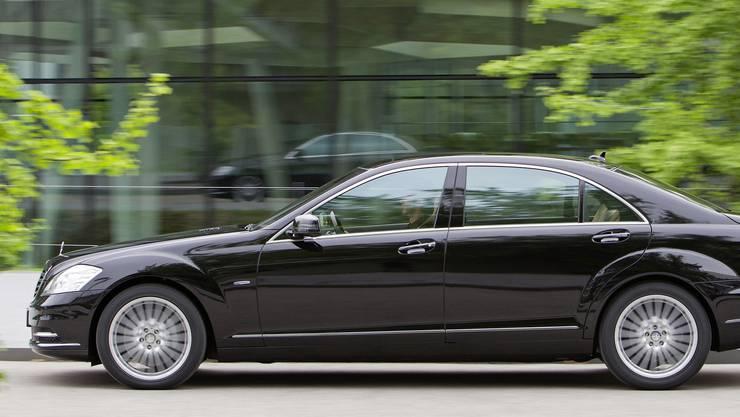 Die Aargauer Regierung ist mit einem Mercedes der S-Klasse unterwegs (Archivbild).