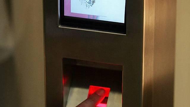 Biometrische Pässe umstritten