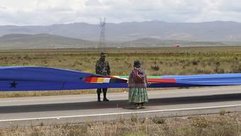 Seit Salpeterkrieg ohne Meereszugang - nun soll Bolivien ein 200 Kilometer langes Banner helfen, wieder zu einem Zugang zum Meer zu gelangen.