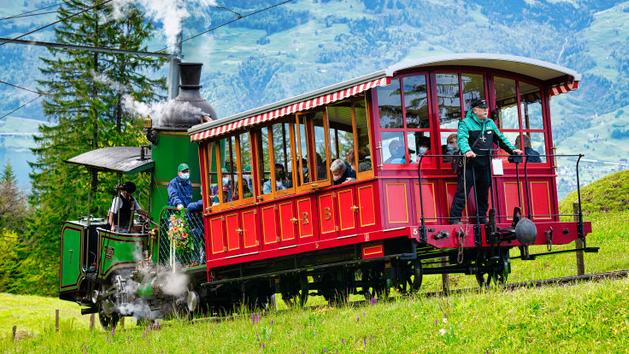 Historische Lok 7 Dampffahrten auf die Rigi