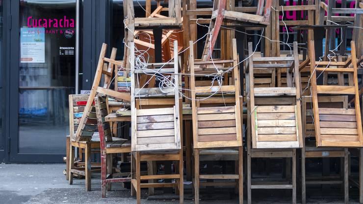 Lange mussten Geschäfte und Restaurants geschlossen bleiben - Mietkosten blieben aber bestehen.
