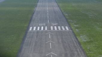 Bei der Landung überschlug sich das Flugzeug (Symbolbild)