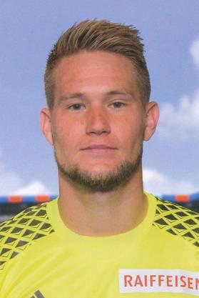 Belohnt sich für seine starke FCB-Zeit mit dem Wechsel zu Sevilla. Ausserdem tschechischer Nati-Goalie und Nachfolger Petr Cechs.