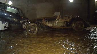 Ein ganzes Quartier in Küngoldingen stand unter Wasser. Zahlreiche Habseligkeiten sind kaputt gegangen.