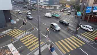 Die Gstühl-Kreuzung: Hier will der Stadtrat einen Blechpolizisten aufstellen. (Archiv)