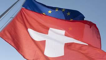 """Die EU-Kommission sieht """"Mangel an Fortschritt"""" bei den Diskussionen um das Rahmenabkommen mit der Schweiz. Dies sagte sie am Dienstag in Brüssel. (Archiv)"""