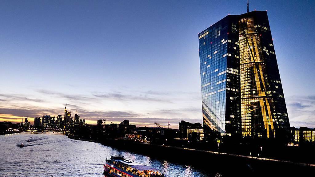 EZB-Direktorin Lautenschläger tritt vorzeitig zurück