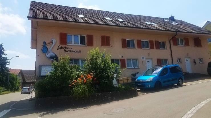 Wo heute noch das Geburtshaus «Storchenäscht» drin ist, wird Anfang Jahr eine Hebammenpraxis eröffnen. Bild: Stefanie Garcia Lainez