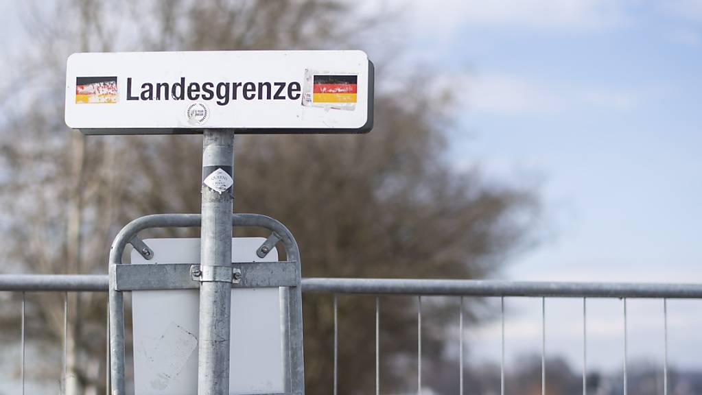 Die Internationale Bodensee-Konferenz (IBK) will vermeiden, dass der kleine Grenzverkehr – wie in der erste Corona-Welle – erneut geschlossen wird. (Archivbild)