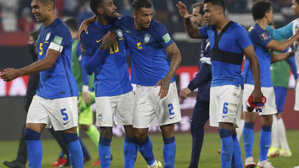 Brasilien besiegt Chile, Argentinien schlägt Venezuela