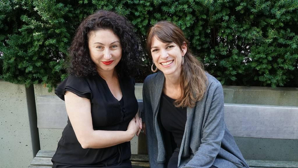 Sharon Zucker mit Güzin Kar
