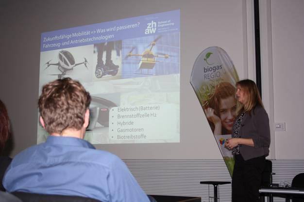 Merja Hoppe plädiert dafür, dass wir den Systemwandel für eine neue Mobilität aktiv gestalten sollen.