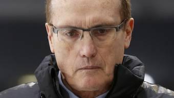 Fribourgs Trainer Larry Huras ist nach dem torlosen ersten Drittel gegen Biel nicht zufrieden