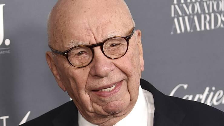 Die News Corp des Medienmoguls Rupert Murdoch musste aufgrund der US-Steuerreform eine Wertberichtigung vornehmen. (Archivbild)