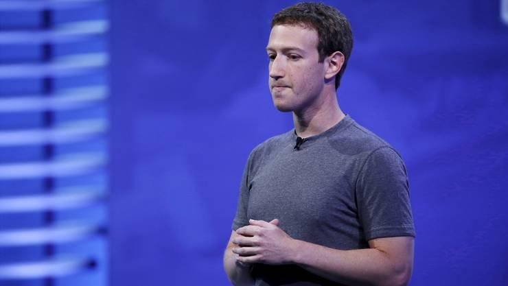 Entschuldigt sich in einem Brief an den US-Kongress: Facebook-Chef Mark Zuckerberg. (Archiv)