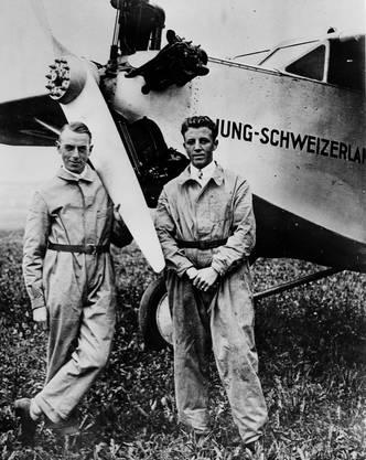 Flugpioniere: Oskar Käser und der Holziker Kurt Lüscher (rechts).