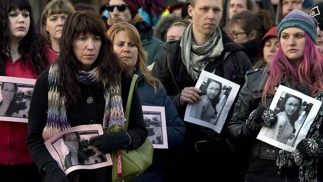 Trauer in Halifax: Abschied von Mobbing-Opfer Parsons